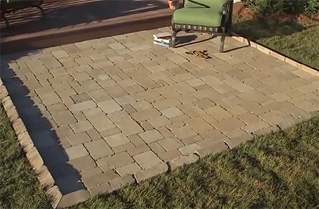Home dzine garden add a paved patio area for Small concrete projects