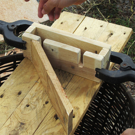 how to cut slots to hold wine glasses in wood