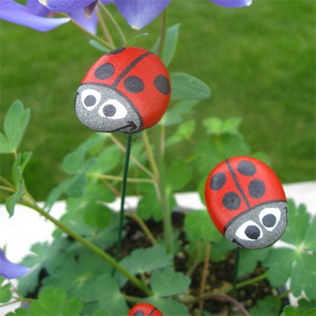 painted pebbles stones kids craft project ideas