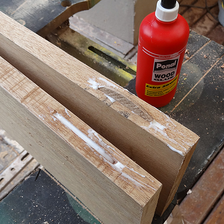using a bosch biscuit jointer to join timber wood planks together with ponal wood glue