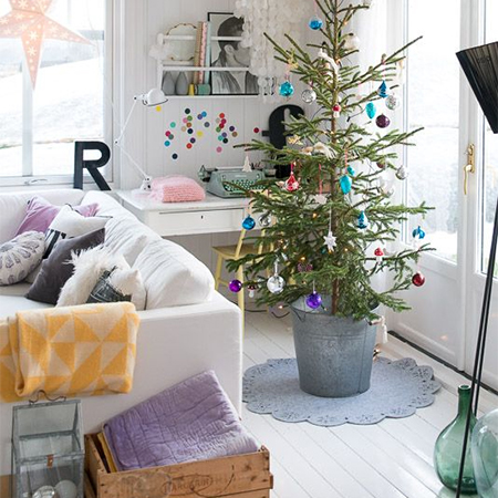 Christmas decor ideas on a budget scandinavian style