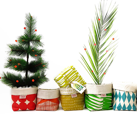 Home dzine shopping festive decor south african style for African christmas decoration