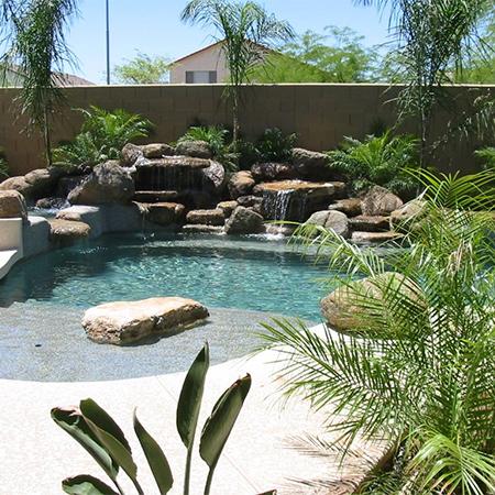Home dzine garden ideas build your dream swimming pool for Building a swimming pool in garden