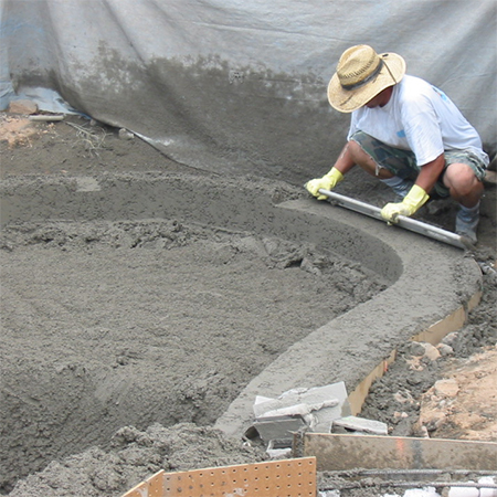 how to build diy swimming pool shaping concrete