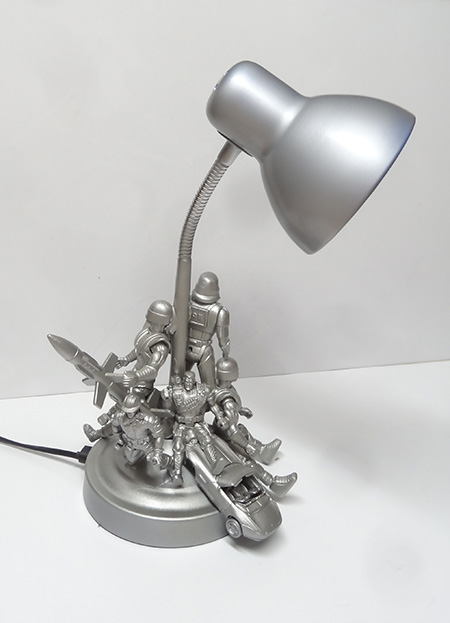 Action figure table lamp