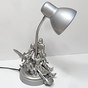 Action figurine table lamp
