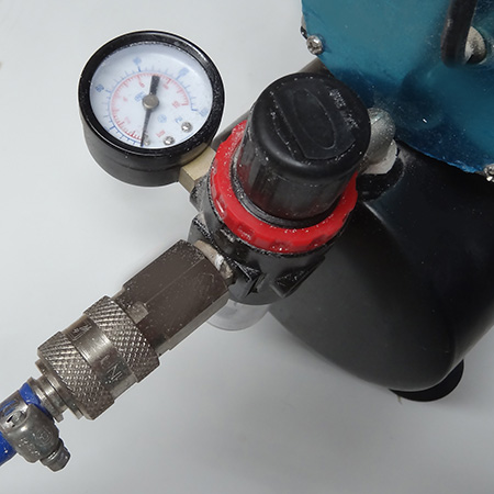 The air hose should be of a diameter as recommended by the manufacturer for use with the compressor but a minimum pressure rating of 10 bar.