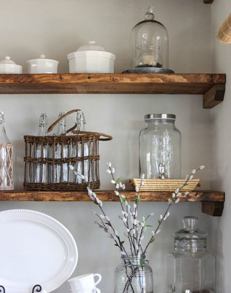 Easy wood shelf ideas with brackets that you can DIY