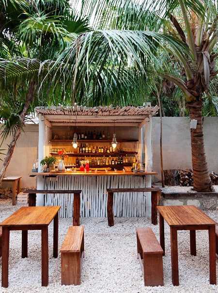HOME DZINE Garden Ideas | DIY outdoor bar ideas