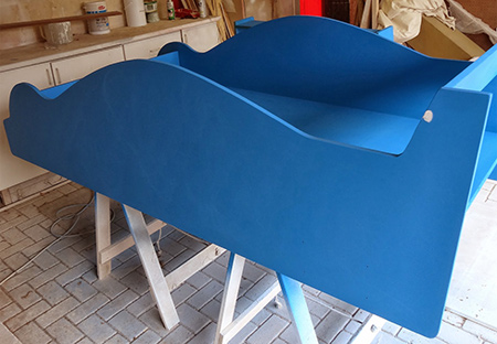 Our car bed was given two coats of Prominent Select sheen using a Bosch PFS spray gun