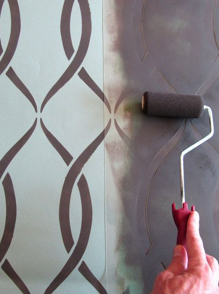 home dzine crafts how to make your own stencils. Black Bedroom Furniture Sets. Home Design Ideas