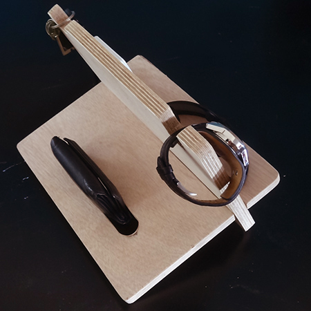 valentine gift idea holder for bedside table for watch, cellphone and wallet