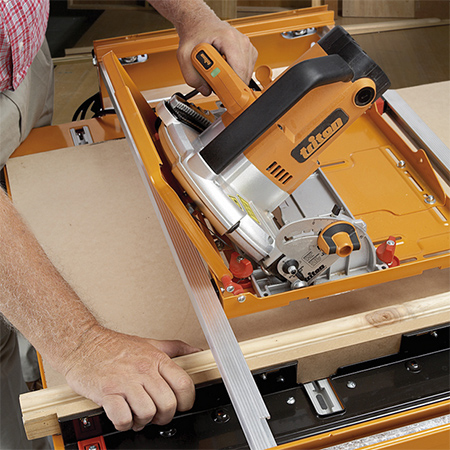 triton workcentre adapts to fit a variety of cutting saws