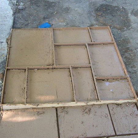 Home dzine home improvement make your own paving block and pave you can use moulds to make your own paving blocks or pave stones for landscaping projects save money by casting concrete for paths and walkways solutioingenieria Choice Image
