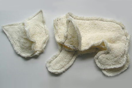 Turn an old towel into a cute kitty