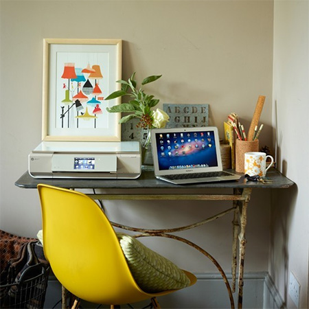 portable home office that packs away when not in use