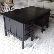 Old desk gets a Rust-Oleum makeover