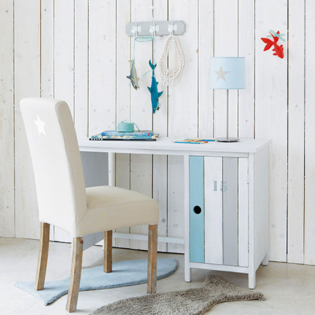 Making coastal style furniture for a child's bedroom beach desk