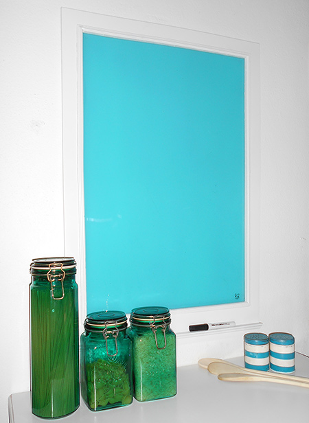 glass memo menu or notice board with rust-oleum 2x spray paint in gloss seaside