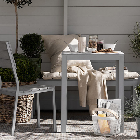Turn average furniture into stunning statement pieces paint with rustoleum spray paint on exterior furniture