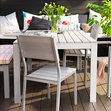 Turn average furniture into stunning statement pieces use rustoleum spray paint on exterior furniture