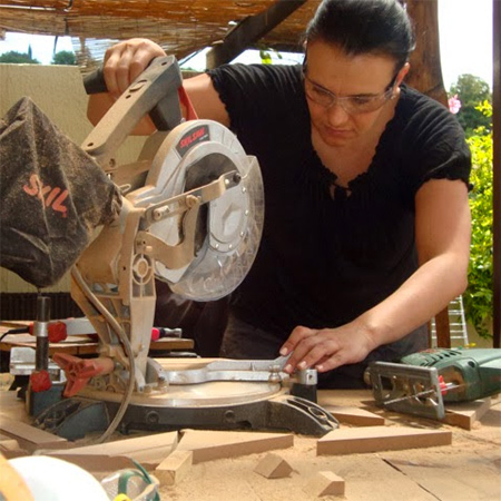 Which power saw is the best one at diy divas using skil mitre saw