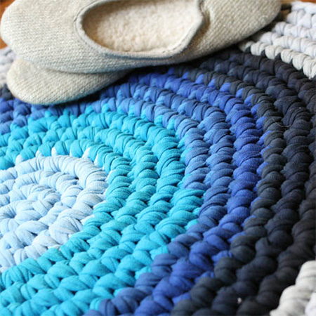 home dzine craft ideas make a rug using old t shirts