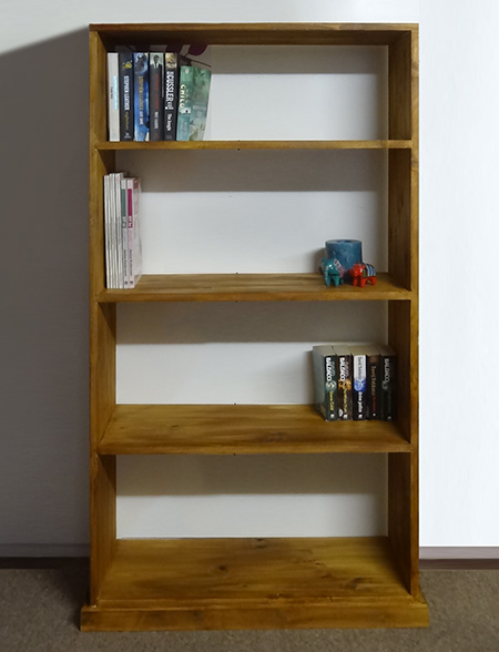 This Rustic Pine Bookshelf Is Easy To Assemble And Has No Visible Screws Thanks A Jig Template Bosch Router