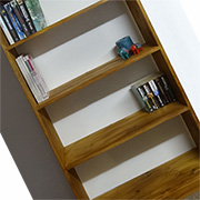 Basic bookshelf with no visible screws... easy!
