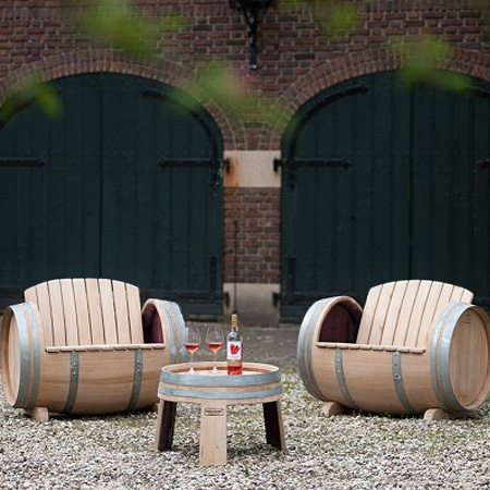 Make Garden Or Outdoor Furniture From Wine Barrels For Patio
