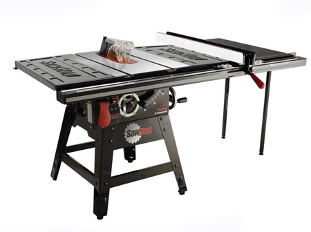 The table saw is one of the most dangerous power tools to use and is responsible for one injury every 9 minutes*. SawStop takes the risk out of using a table saw.