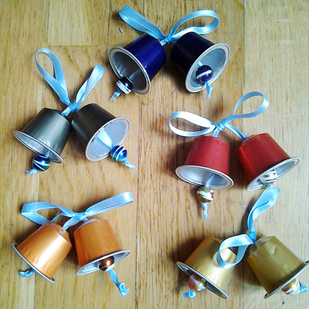 Home dzine craft ideas festive crafts with nespresso capsules - Bricolage capsules nespresso ...