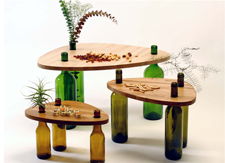 Divinus... A table made from reycled materials with glass bottle legs