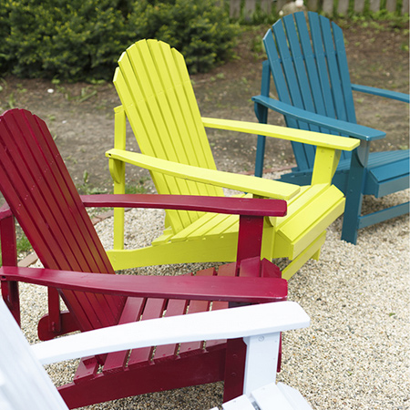 Add colour to your outdoor furniture with a can or two of Rust-Oleum Universal spray paint. You can use Rust-Oleum spray paints on wood, plastic or steel furniture to give them an instant update - or a new look!