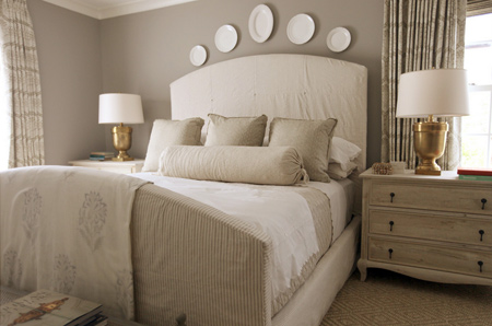 bedroom in muted or neutral colour