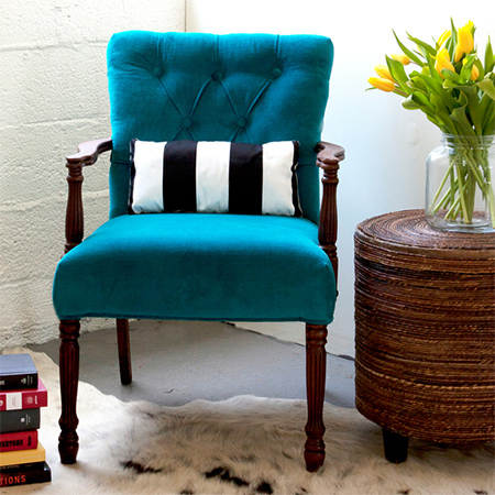 How to re-upholster old furniture with this diamond tufted chair