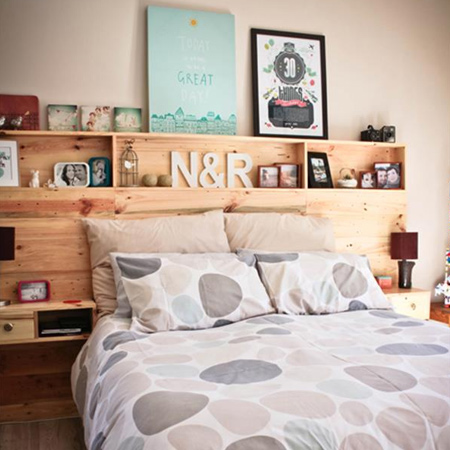 diy pallet or reclaimed headboard with shelves