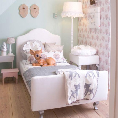 decorating ideas dreamy bedroom for little girls with upholstered bed