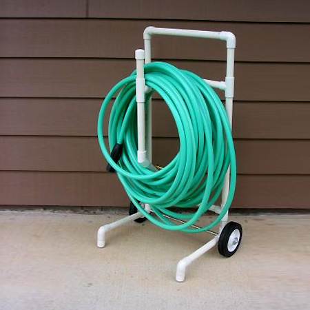 Mobile cart for garden hose