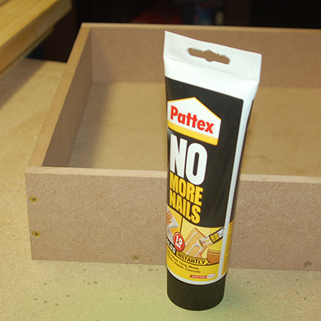 Quick Tip: Filling screw holes with wood filler