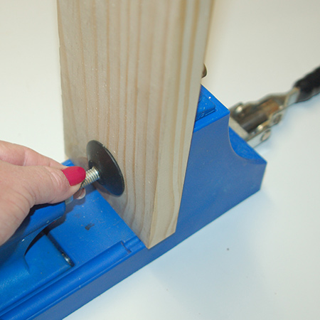 While the drill guide can be used on its own in conjunction with the adjustable clamps, the clamping system makes it easy to adjust the clamping space for wood of various thicknesses.
