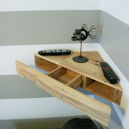 You can even make a secret shelf to fit into a corner, and it's perfect for storing accessories as well as valuables.