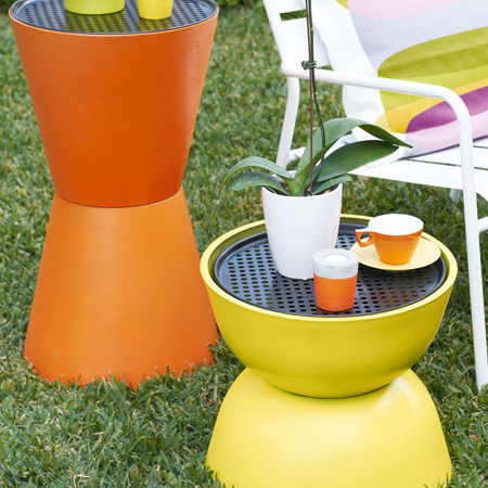 Here's an easy way to add colourful trendy tables to your outdoor space.