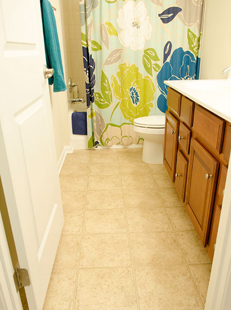 HOME DZINE Bathrooms | Update with vinyl flooring