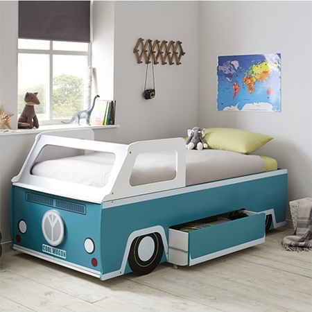 Iconic VW bus becomes a kid's bed
