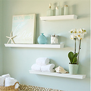 Easy floating shelves for a bathroom