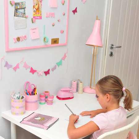 Makeover mismatched accessories for a pretty pink girl's bedroom