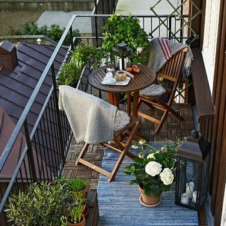 HOME DZINE Home Decor | Practical ideas for a small balcony