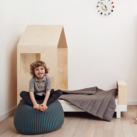 he use of quality materials and neutral colors create a unique atmosphere of space for children that is both fun and ecologically appealing.