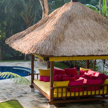 Add a thatch lapa to your outdoors